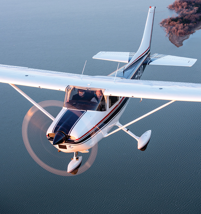 The popular Cessna 182 Skylane is a great blend of performance, utility and value.
