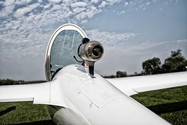 A Jet-Powered Glider? - Plane & Pilot Magazine