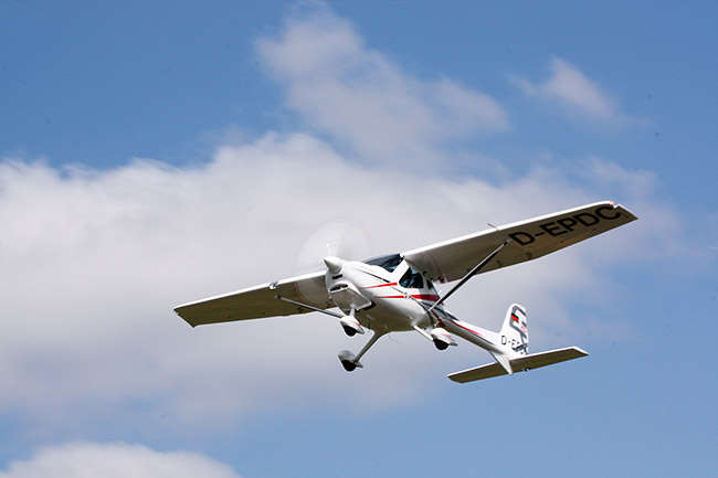 REMOS GXiS Makes First Flight