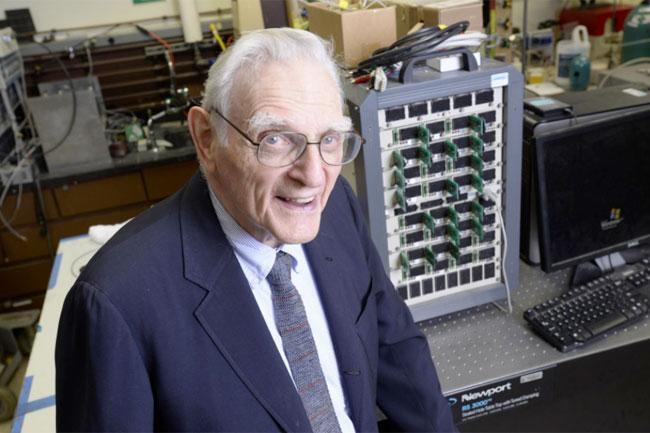 Battery inventor John Goodenough