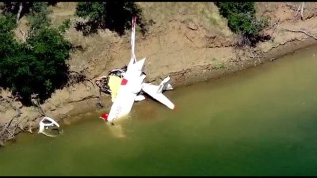Icon A5 Crash