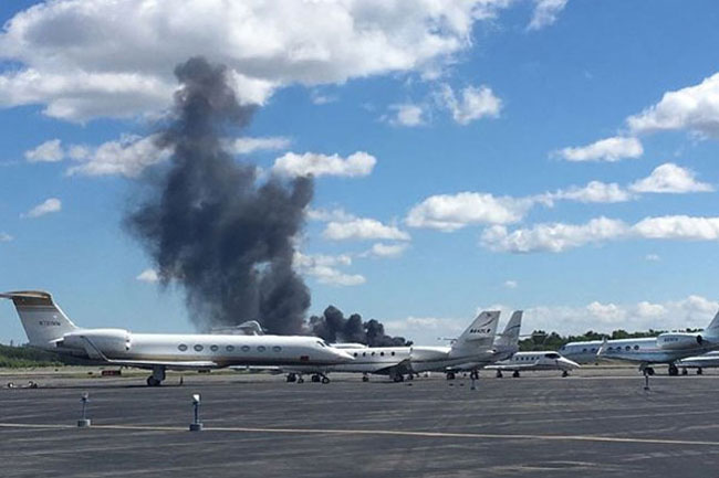 Learjet Crashes At Teterboro