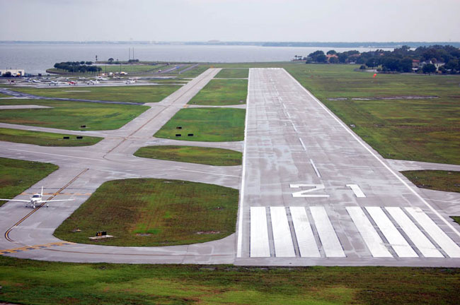 Peter O. Knight Airport - Tampa Fly-in destination
