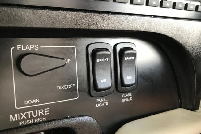Mooney Ovation Ultra switches