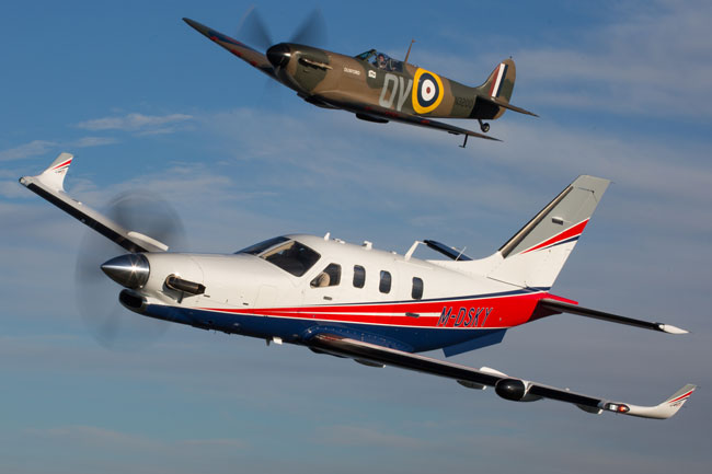 TBM 910 and Spitfire