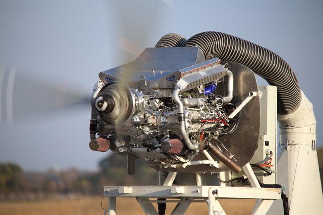 Graflight V8 diesel engine