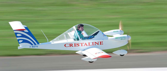 The multi-engine Cri-Cri is one of the smallest things in aviation