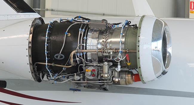 A PW 615 turbine engine.