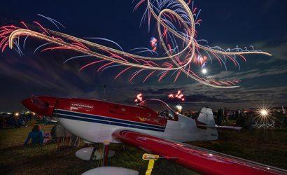 EAA AirVenture 2018: Night Airshow Magic