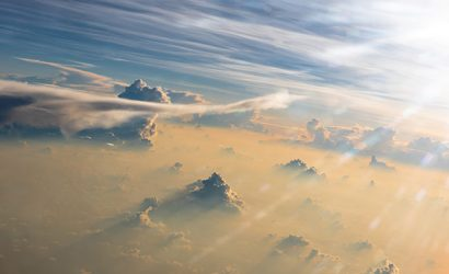Navigating Wind and Jet Streams in the Air