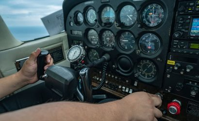 Mysteries of Flight: On Approach, Elevator For Airspeed, Throttle For Pitch?