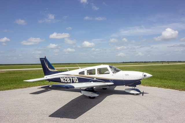 Piper PA-28 Dakota