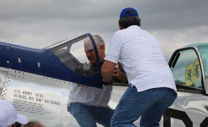 Lauderback Surpasses 10,000 Hours In P-51 Mustang At Sun 'n Fun