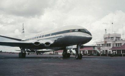 Why Did The de Havilland Comet Keep Crashing?