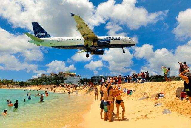 Jet Blue, Saint Martin
