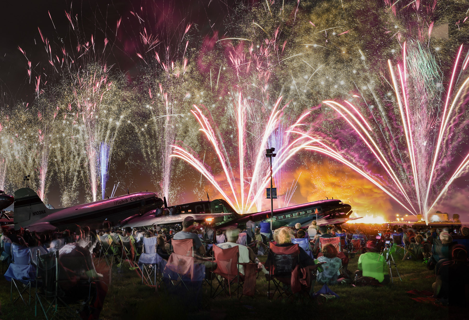 Photos: Night Airshow And More From EAA AirVenture Oshkosh 2019