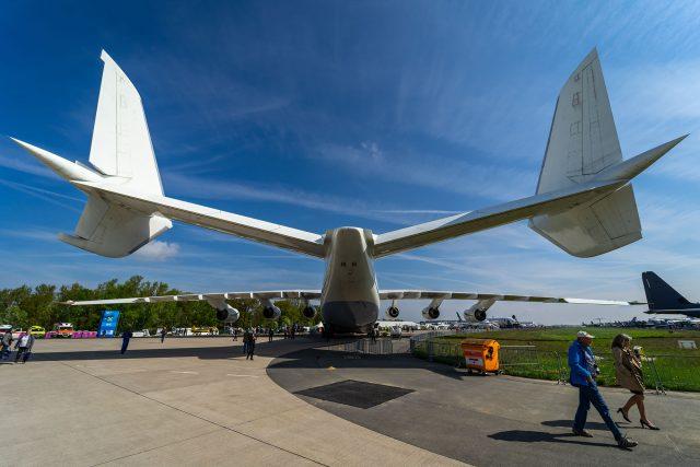 antonovan255-tail-640x427.jpg