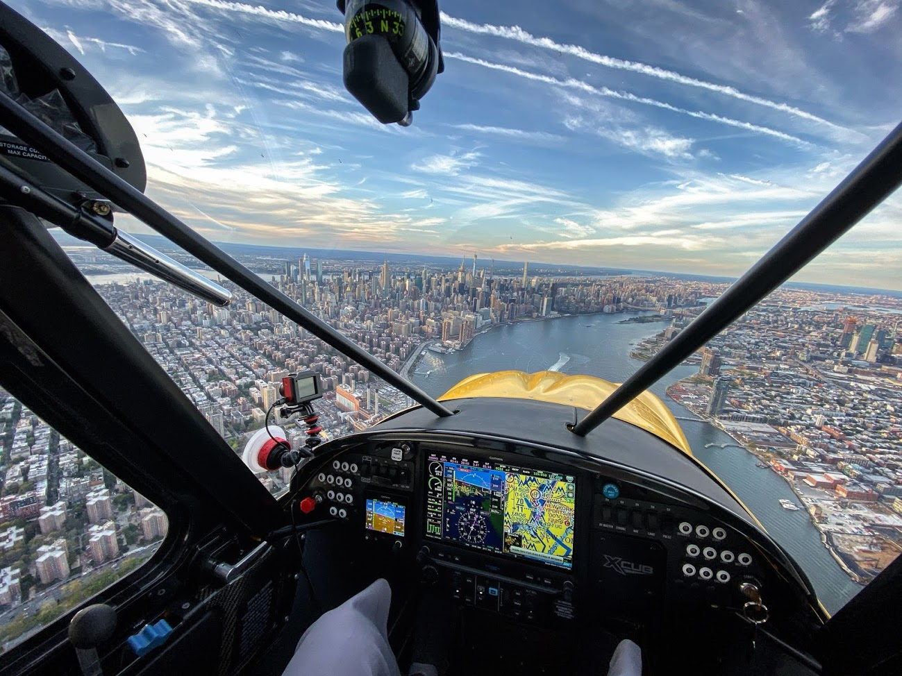 Plane & Pilot Photo Of The Week: A View Of Manhattan From An X-Cub
