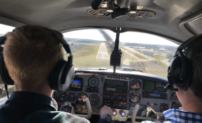Veteran Pilot Helps A Young One With A Complex Aircraft Problem
