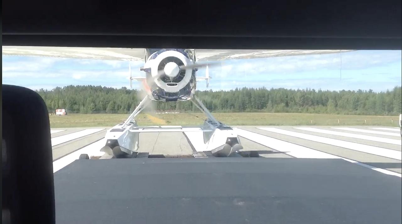 Cessna 195 Trailer Takeoff