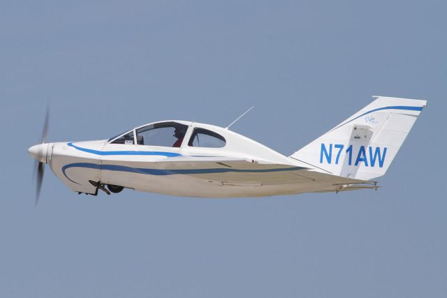 Dyke Delta, a futuristic homebuilt from the 1960s with Mooney-like speeds. Around a dozen are still flying.