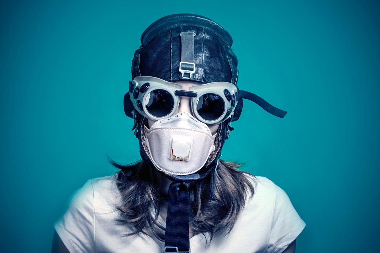 Should pilots wear masks?