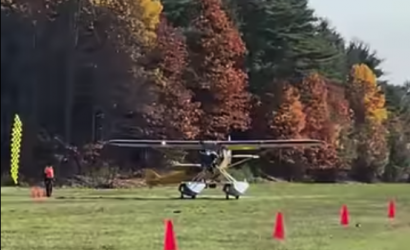A Carbon Cub On Amphibs At An STOL Contest? What The..?