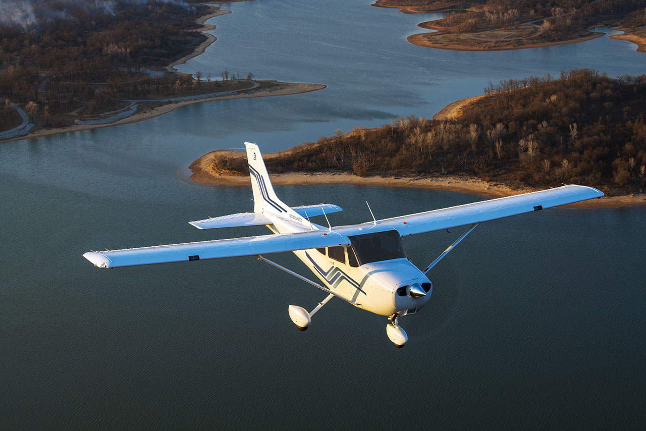 Cessna 172. Courtesy of Cessna