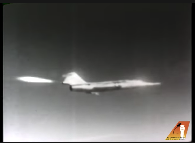 Video of Chuck Yeager's Loss Of Control In F-104