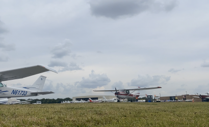 Video: Departures from Sun 'n Fun Time Lapse