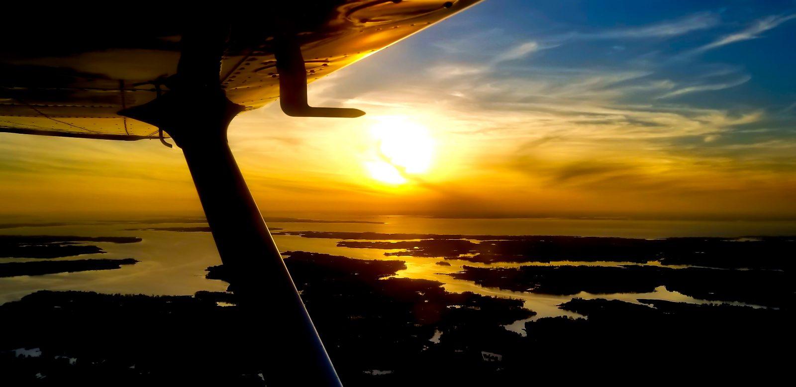 Wingtip Wonders Photo Contest