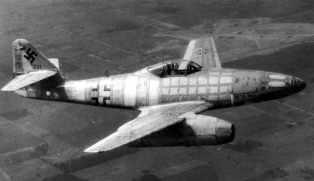 Me-262 twin jet fighter