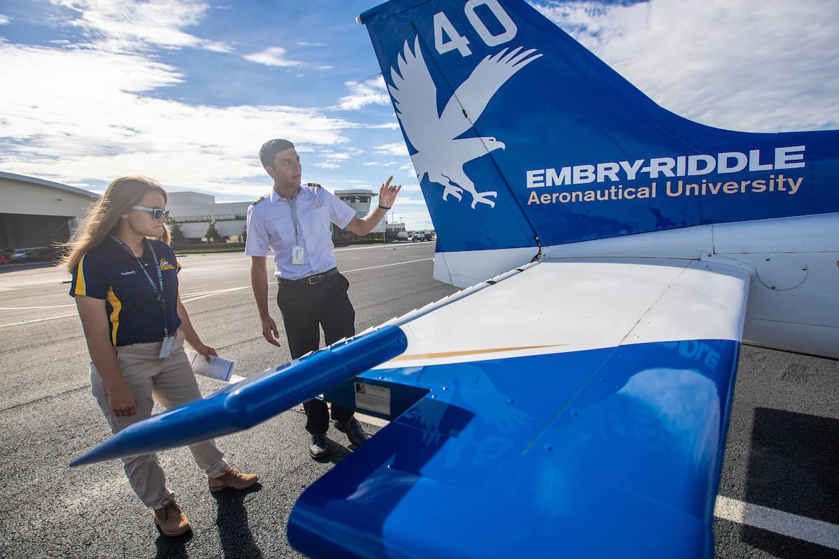 Embry-Riddle To Use Virtual Reality to Speed Up Flight Training