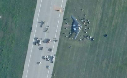 B-2 Bomber Crashes In Missouri. All Aboard Are Safe.