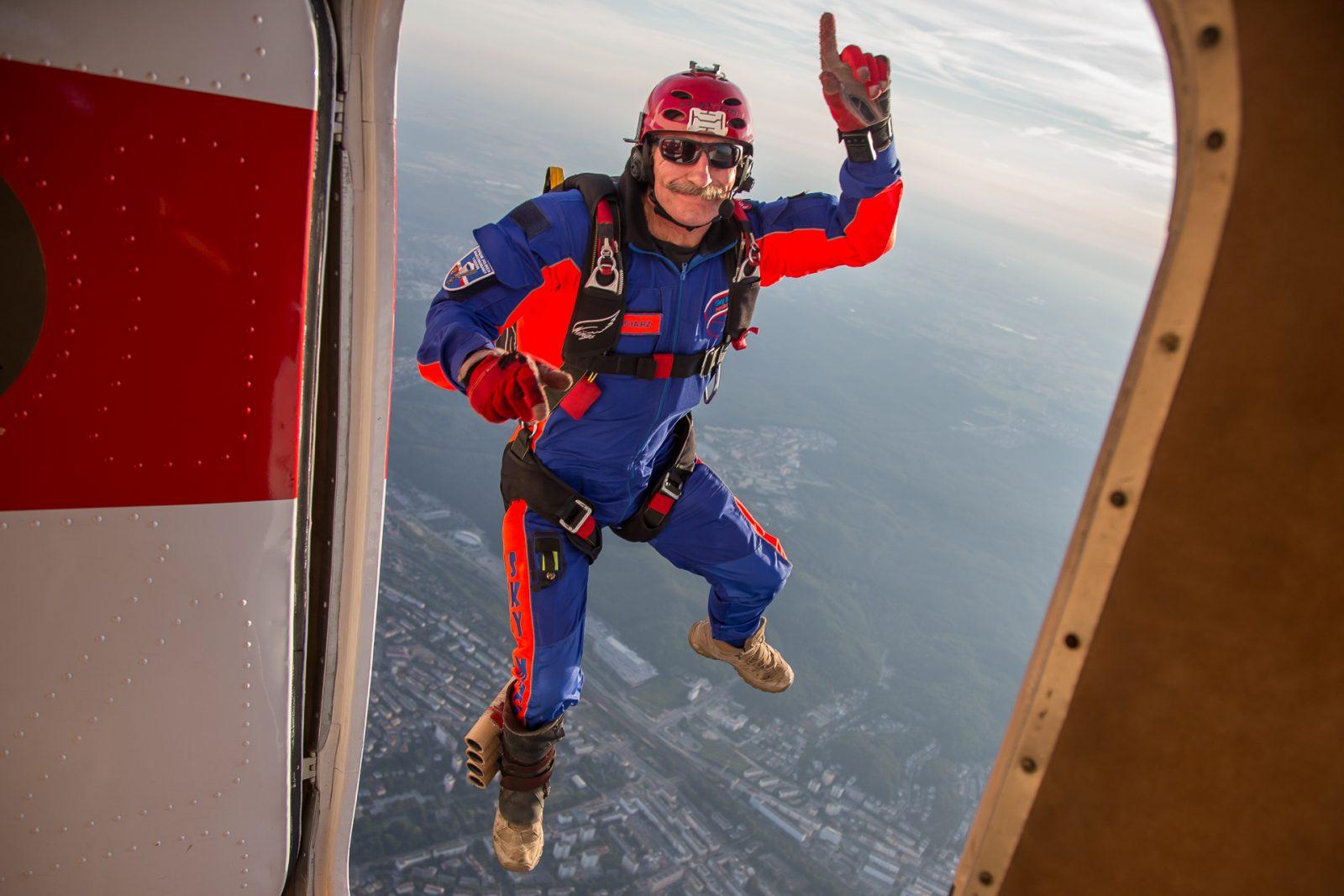 Jump off AN-2