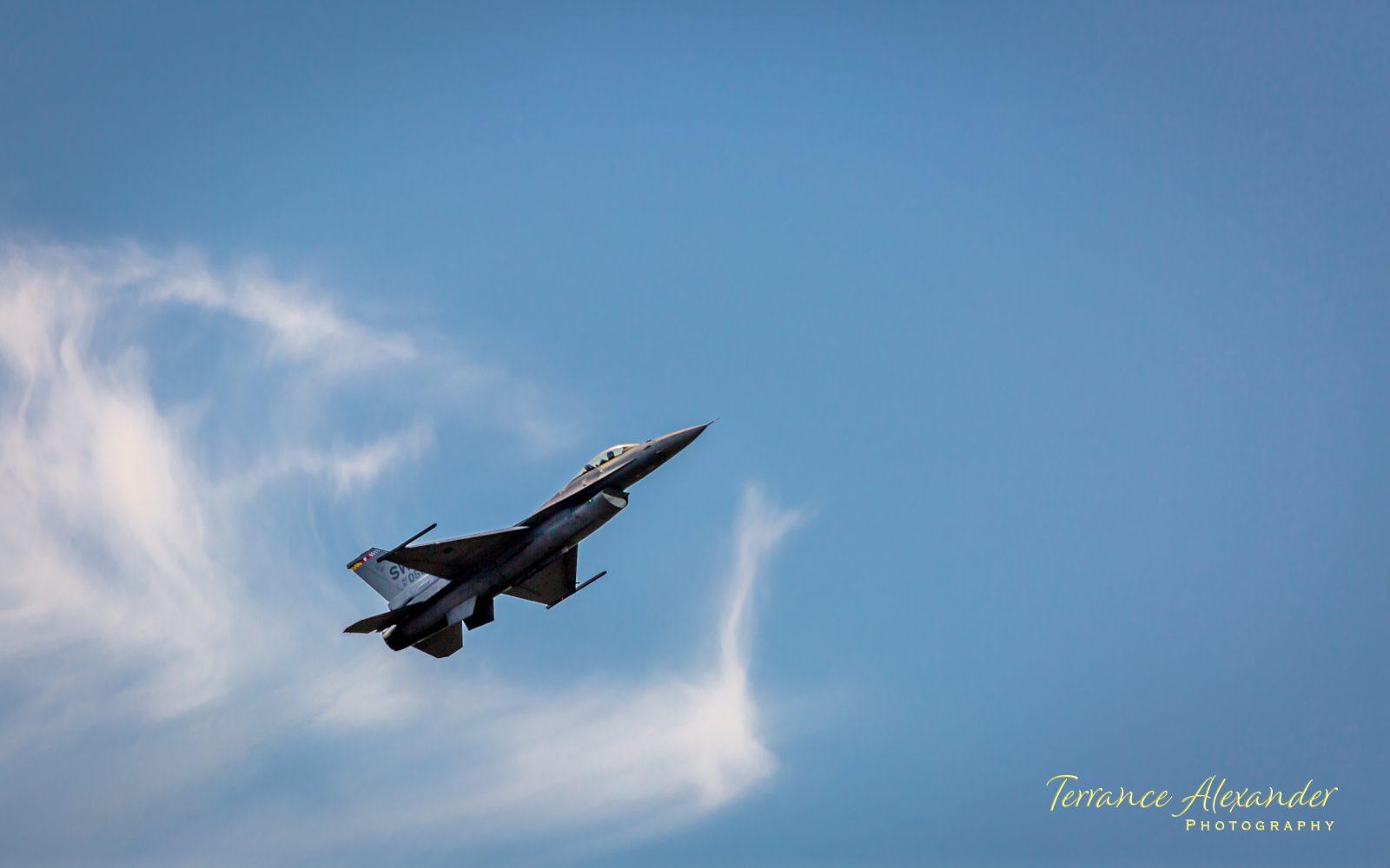 F-16 Falcon Viper Demo Team